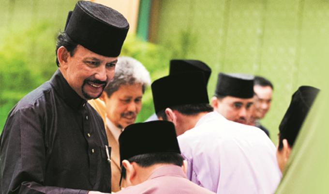 His Majesty Sultan Haji Hassanal Bolkiah Mu'izzaddin Waddaulah, Sultan and Yang Di-Pertuan of Brunei Darussalam, and members of the Royal Family graciously greeted and received Hari Raya well wishes from the rakyat and visitors to the palace during the Hari Raya Aidilfitri open house at Istana Nurul Iman.  Accompanying His Majesty were His Royal Highness Prince Haji Al-Muhtadee Billah, the Crown Prince and Senior Minister at the Prime Minister's Office; HRH Prince Haji Mohamed Bolkiah, HRH Prince Haji Sufri Bolkiah, HRH Prince Haji Jefri Bolkiah, HRH Prince Haji Abdul `Azim, HRH Prince 'Abdul Malik, HRH Prince Abdul Mateen, HRH Prince 'Abdul Wakeel and other members of the royal family.